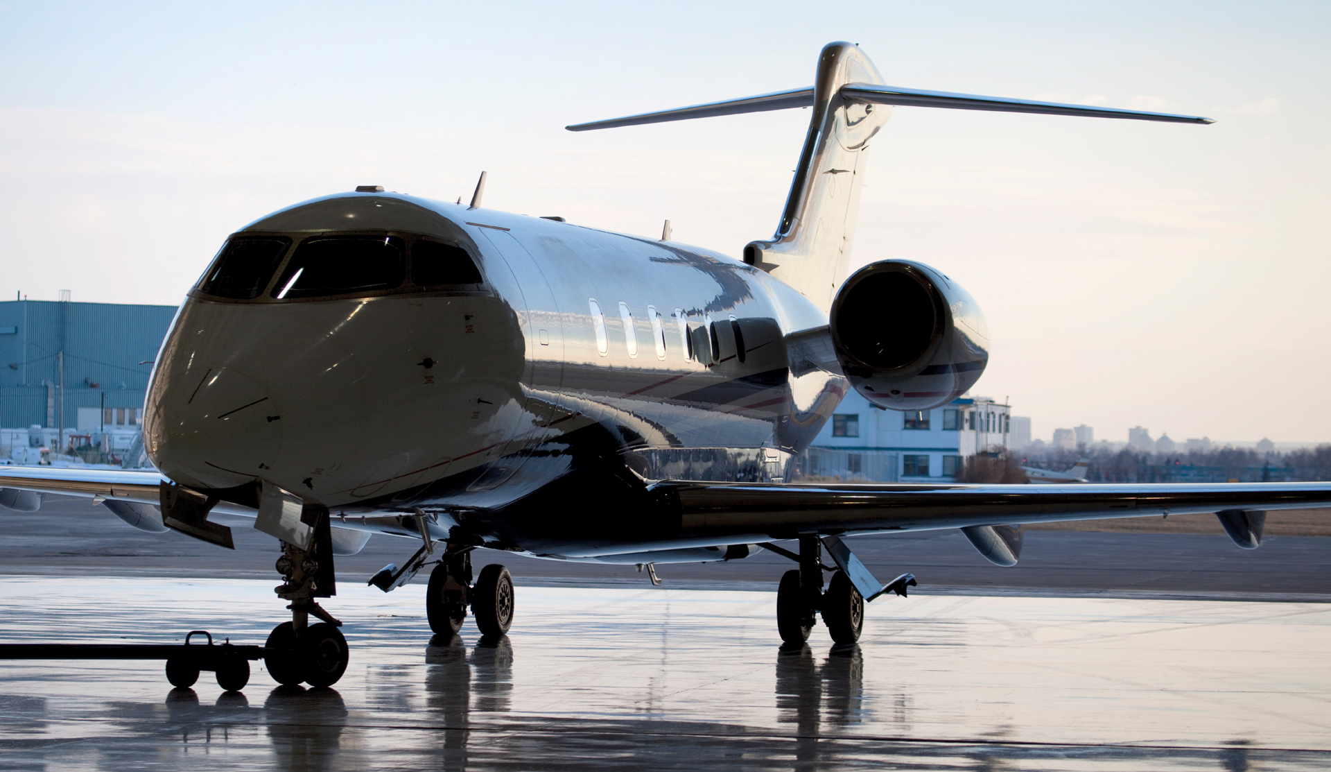 Ten Qualities You Want In An Aircraft Charter Broker
